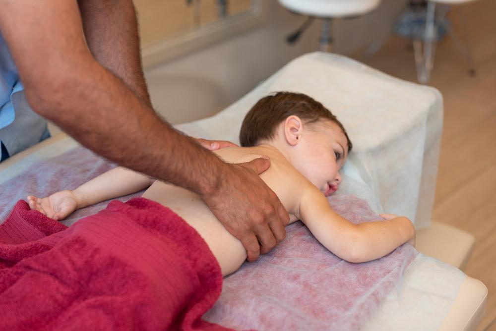 Terapie VOJTA - kinetoterapie pentru copii si bebelusi - Clinica Recuperare Medicala Medliv Ploiesti   Metoda de stimulare neuromotorie